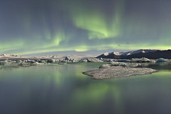 Jkulsrln Lagoon | Aurora Borealis (Reed Ingram Weir) Tags: travel mountains reflections iceland lagoon glacier aurora epic icebergs northernlights borealis jkulsrln fineartprints reedingramweir riwp