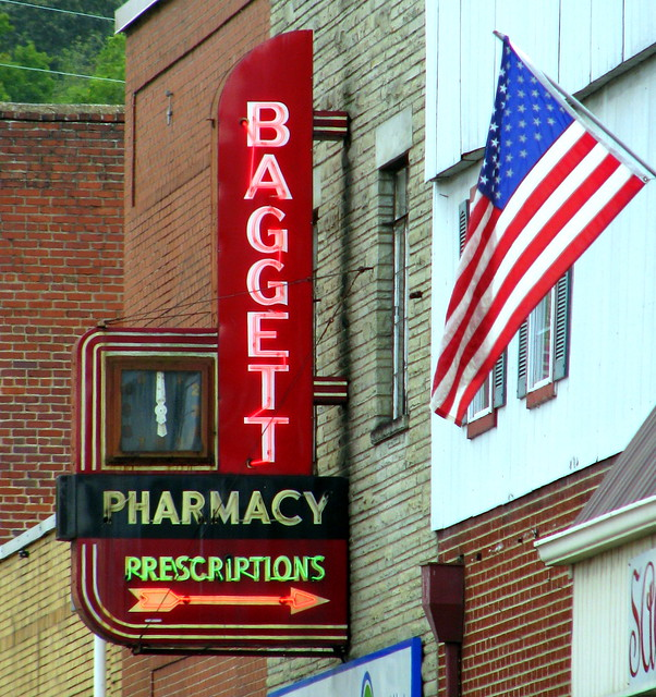 Baggett Pharmacy - Kingston, TN