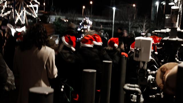 Santa's Little Helpers [EOS 5DMK2 | EF 24-105L@50mm | 0.5 s | f/4 | ISO800]