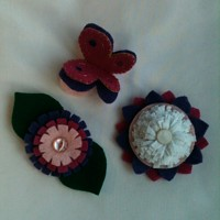 Three easy felt brooches (designed by me)