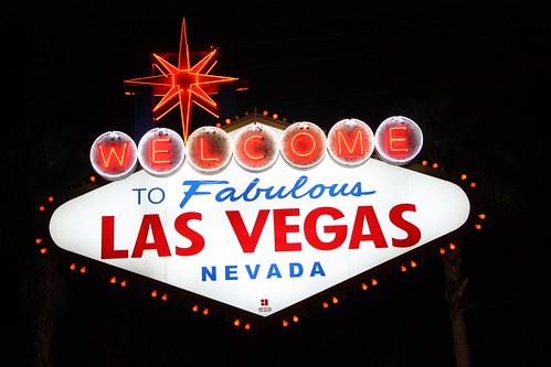las vegas sign at night. Welcome to Fabulous Las Vegas