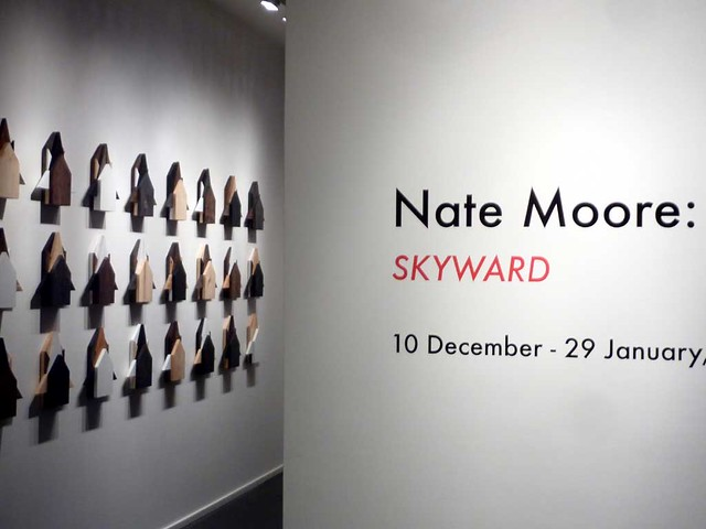 P1050626-2010-12-10-Emily-Amy-Gallery-Nate-Moore-Origami-Sign-Wood