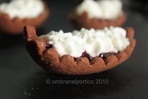 Frolla al cacao e ganache montata