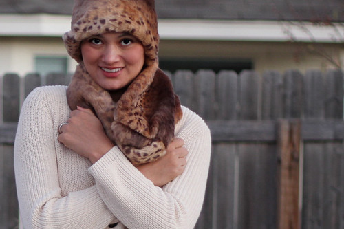 DIY fur scarf: stupid hat