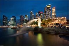 Singapore Classic (Souvik_Prometure) Tags: esplanade cbd bluehour sands merlion rafflesplace raffles centralbusinessdistrict skypark marinabay merlionpark flickrsbest abigfave anawesomeshot nikond90 singaporeflyer marinabaysands singaporeeye theunforgettablepictures souvikbhattacharya singaporesands singaporebluehour sigma1020mmsingapore marinabaysandsskypark mbsskypark sandssands