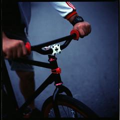 (19/77) Tags: slr film bicycle malaysia fixie fixedgear handlebar 1977 negativescan kiev88 mediumfromat kodakektacolorpro160 autaut canoscan8800f breakless arsat80mmf28 myasin