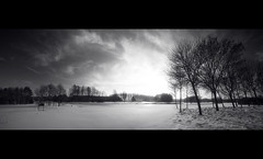 Landscape B/W Winter 2010 (shoot it!) Tags: bw panorama snow green blackwhite hole zwartwit sneeuw course golfcourse tee zw purmerend golfbaan burggolf burggolfpurmerend