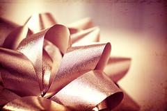Merry Christmas! ♥ (CarolynsHope) Tags: merrychristmas bow celebration decoration shine shiny bows ribbon mauve gettyholidays2010