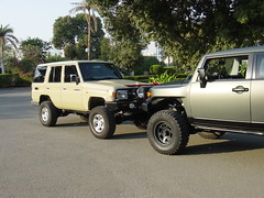 lifted toyota head 2 head.3 (shine_on) Tags: truck desert 4x4 dunes toyota jeddah suv landcruiser saudiarabia  lifted fjcruiser          fzj76