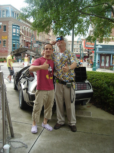 Mouneer. Universal Studios Back to The future with Dr Brown