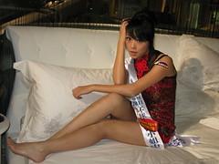 cheongsam model at JSWB Guangzhou (Pazhou) (zikay's photography(no PS)) Tags: cheongsam girl model 模特 旗袍 走光 露底 刘洋 商场 sexy