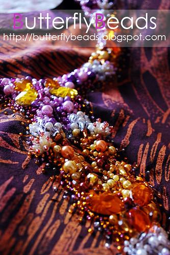 Jahit Manik Sekebun Bunga Dan Sulaman Manik Crumble | Puanbee.com ...