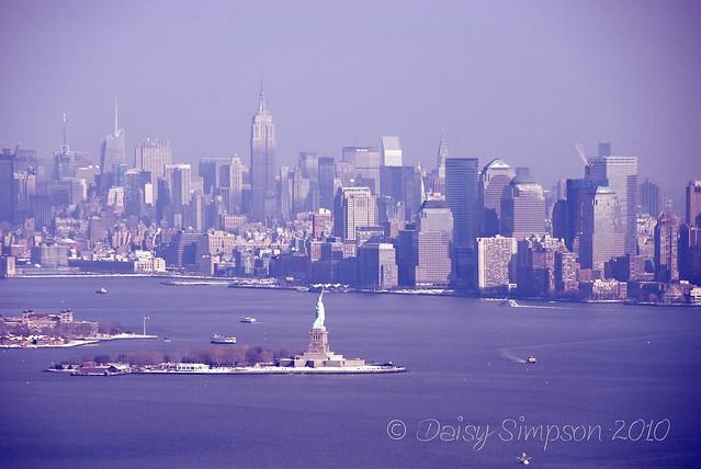 d6 statue 1 skyline