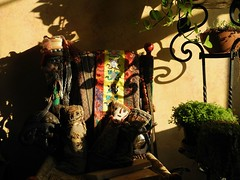 winter light (omoo) Tags: newyorkcity plants sun sunlight green peru quiet westvillage tranquility fabric meditation textiles ferns lightandshadow greenwichvillage winterlight fabrics contemplation fragments plantstand clothdolls plantsinthesun ironplantstand chancaydolls ancienttextilefragmentsusedinmakingthechancaydolls southamericanclothdolls moderndollsthattrytoimitatetheprecolumbianchancaydolls 3clothdolls ancientcloth