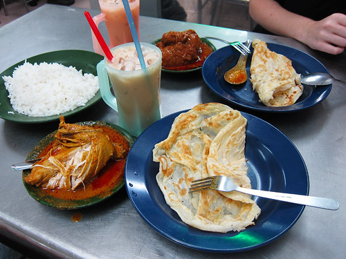 Chicken curry and roti at Restoran Tajuddin Hussain in Little India, Georgetown, Penang, day 62