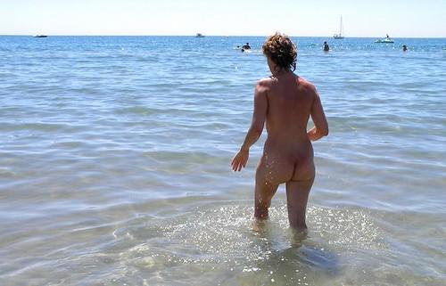 mature nude sunbathing beach hidden cam pics: nudebeach
