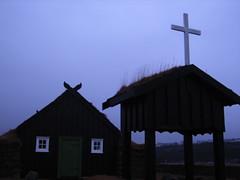 Árbæjarsafn kirkja-Church (Sivva) Tags: old blue house church closeup iceland north nordic reykjavík kirkja icelandic hús kross gamal safn kvöld torf árbæjarsafn torfbær gömul blát torfþak sivva
