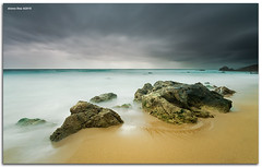 Running rain (alonsodr) Tags: sunset atardecer andaluca seascapes sony filter alpha cdiz alonso tarifa marinas carlzeiss puntapaloma nd8 a900 alonsodr gnd8 alonsodaz alpha900 degradadoinverso x121s cz1635mm reversegraduated