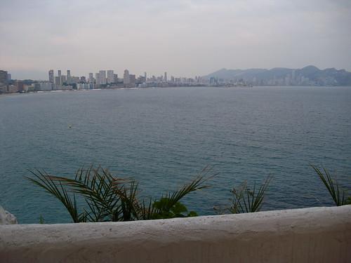 Impresionantes vistas al mar. Infórmese sin compromiso en su agencia inmobiliaria Asegil. www.inmobiliariabenidorm.com