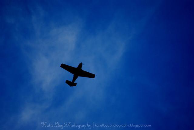 Plane-in-evening-sky