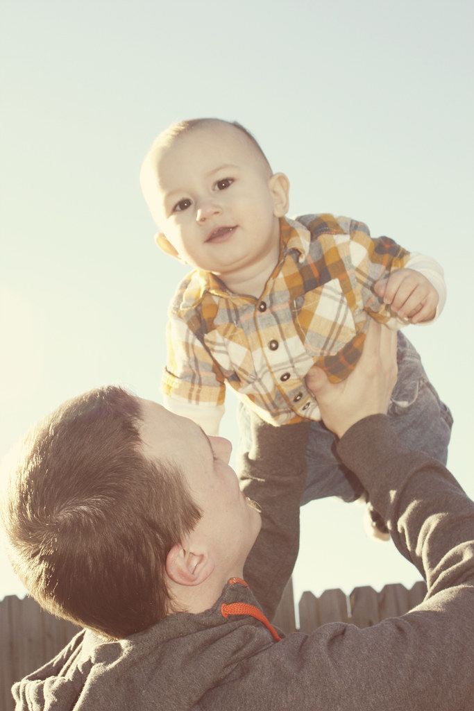 baby e with papa