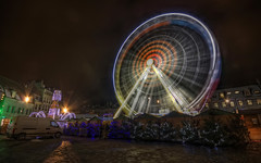 Tournicoti, Tournicota (Philippe Saire || Photography) Tags: city france wheel festival night canon photography eos photo long exposure place sigma wideangle rvolution nol 1020mm nuit hdr ville franchecomt chistmas roue besanon photomatix festivits 450d philippesaire