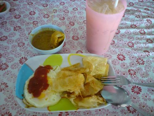 早餐吃羅低(lodi) 泰式蛋餅DSC01704