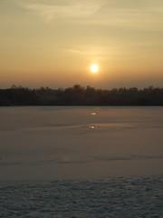 Weerspiegeling ijs Paterswoldse meer