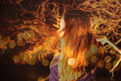 (Experiment of the nature) Tags: winter light cold tree colors night dark hair golden movement friend wind bokeh branches eider gernika lumo experimentofthenature andreacisneros