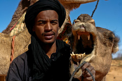 7, Wild! (Mansour Ali) Tags: costumes man call with dress or traditional clothes adventure berber they tours libya kel cultural ly libyan themselves attire    variously  tamasheq  uweinat awbari tuareq twareg tauareg    twareq  tamajaq tuwareg  tuarektouareg sardalas