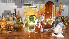 The Midas touch (Legoagogo) Tags: temple gold starwars king lego knights r2d2 lukeskywalker c3po hansolo midas yavin moc afol cewbacca