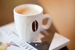 cup of coffie (Fjola Dogg) Tags: cup caf kaffee caff kaffe kahve caf kava  kopi kafe bolli kaffi coffie koffie kahvi kafo coffi  kawa kva     2011 cafea kape   kafea kaf kafija kv kohv kahawa  cph   fjoladogg   qhv caife     capulus
