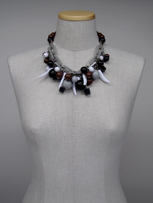 a_s_proto by anu samarüütel berry necklace 2