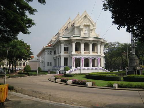 The green university initiative for chulalongkorn