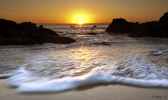 Wood's Cove (Didenze) Tags: sunset seascape golden sand rocks glow wave explore foam rush frontpage lagunabeach canon450d didenze