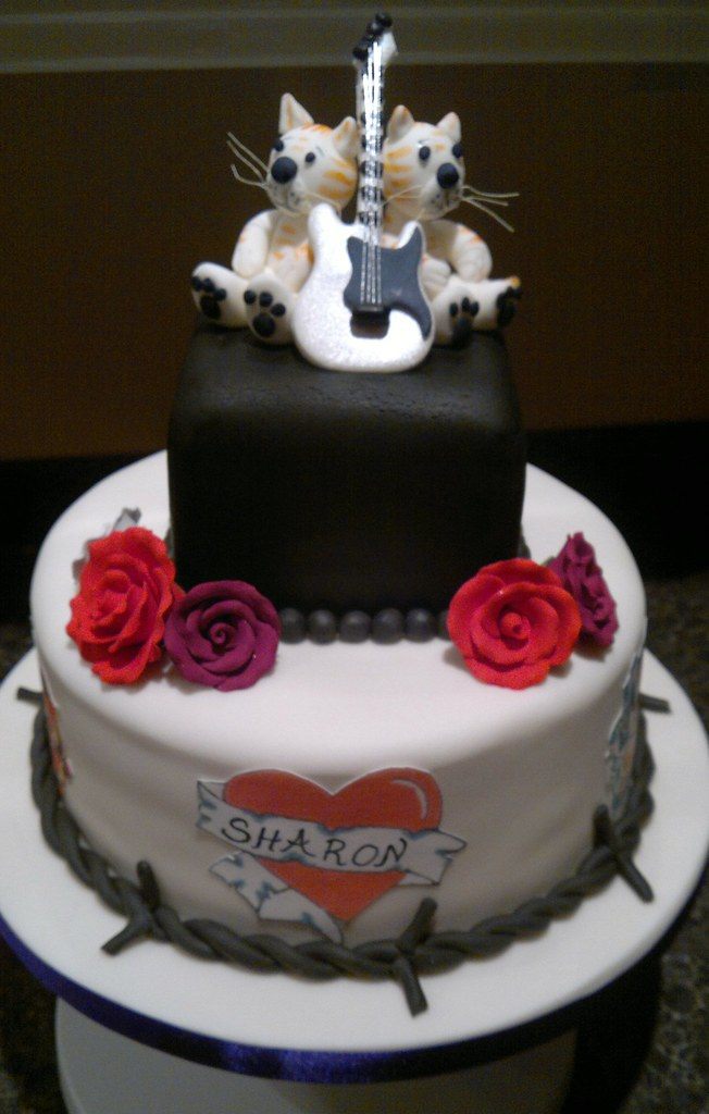 Rock And Roses Cake Company