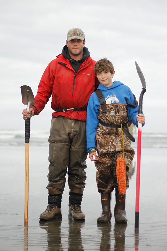 clammer-father&son