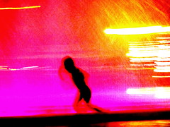 feral (Vitor Nascimento CSD) Tags: fotografo fotografia brazil so paulo sp sampa 011 luzes lights abstract kids kidsplaying child children childhood childphotography boys boyhood longexposure longaexposio water square street streetphoto streetphotography streetphotographer streetscene streetshot night noite abstrato