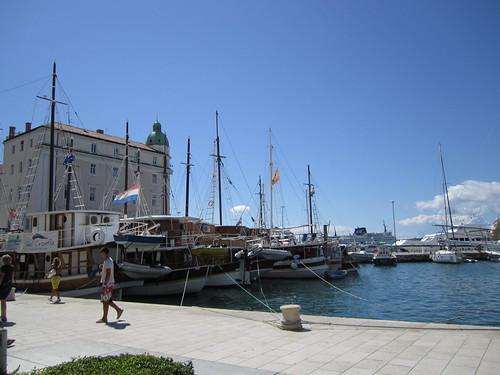 Split 0192