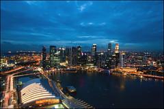 Marina Bay Sands Skypark: Pay-per-View (Souvik_Prometure) Tags: singapore explore esplanade cbd bluehour sands frontpage centralbusinessdistrict skypark marinabay sigma1020mm nikond90 marinabaysands souvikbhattacharya singaporesands singaporebluehour marinabaysandsskypark mbsskypark