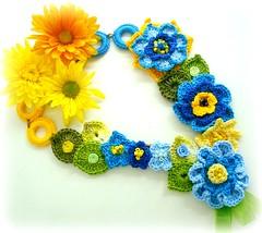 Brasileirinho (Lidia Luz) Tags: necklace beads handmade crochet jewelry bijoux bijuteria colar bijouteria crochê brasileirinho lidialuz