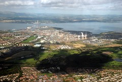 Grangemouth & Longannet Power Station (Vic Sharp) Tags: uk scotland nikon power britain scottish aerial greenhouse pollution gb carbon emissions refinery generation gases polluting ineos d80 johnsharp sharpy70