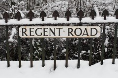Regent Road (itmpa) Tags: street winter white snow slr canon edinburgh snowy nophotoshop railings nameplate unedited 30d regentroad wintry canon30d straightfromthecamera tomparnell itmpa archhist