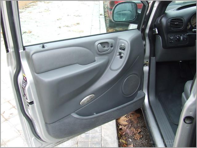 Chrysler Grand Voyager - Det. int. </span>+ opticas-38