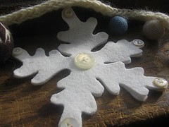 Winter Garland (maureencracknell) Tags: snowflake winter wool knitting holidays stitch natural hand