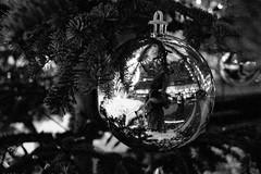 merry xmas!!!!! (...storrao...) Tags: blackandwhite bw reflection berlin me ball germany myself deutschland nikon pb sonycenter pretoebranco xmastree postdamerplatz d90 storrao sofiatorro nikond90bw