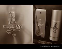 regalo (Ral Ordez) Tags: sepia perfume dolar million raul paco perfum regalo rabanne ordoez parreo