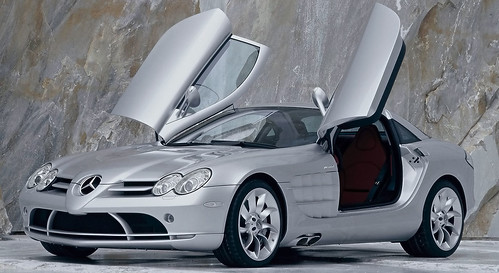 2003 U2013 2010 Mercedes Benz SLR McLaren: Jointly Developed By Mercedes Benz  And McLaren Automotive, The 21st Century SLR Was Built In England.