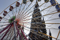 Wheel and Monument (Grant_R) Tags: winter sparkles edinburgh ferriswheel bigwheel attraction winterwonderland fairgroundride walterscott scottmomument scotlanda grantr