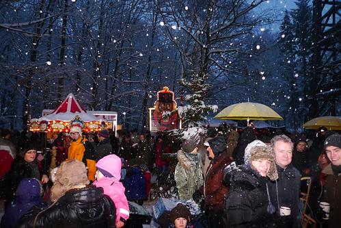 Weihnachtsmarkt am Goetheturm im Schnee. 2010